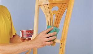 KROK IX - Pokrywanie krzesełka woskiem